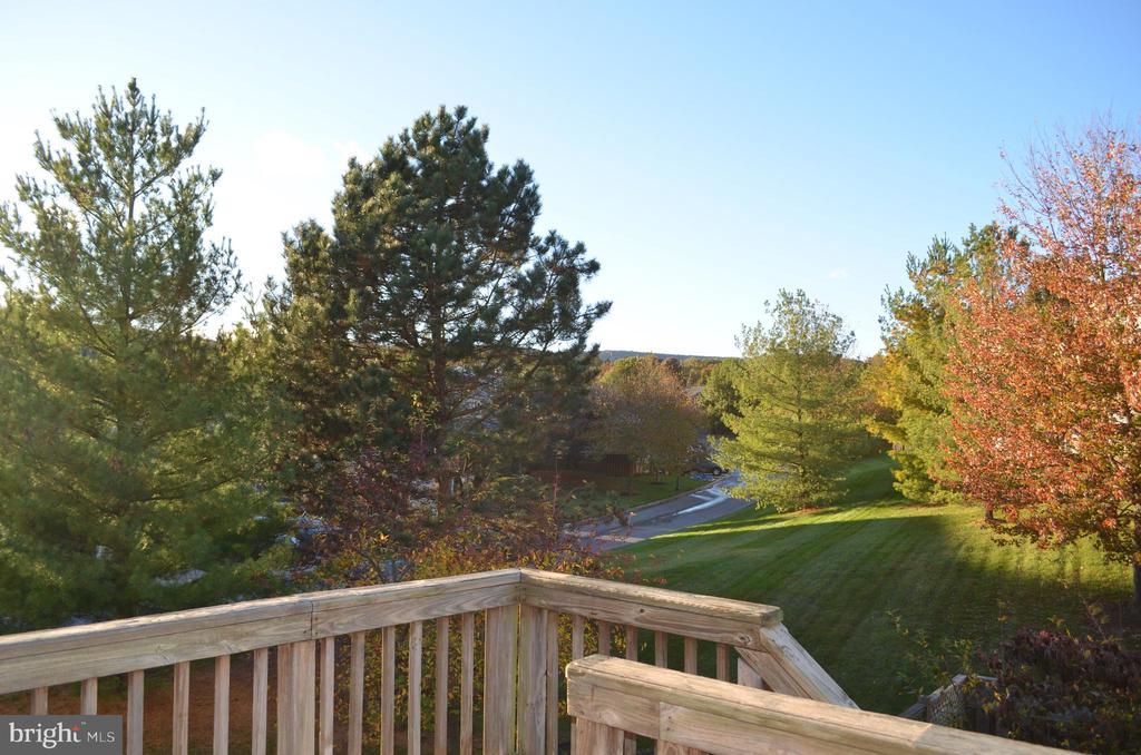 Beautiful views! - 2498 LAKESIDE DR, FREDERICK