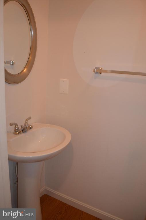 Half bath  in lower level - 2498 LAKESIDE DR, FREDERICK