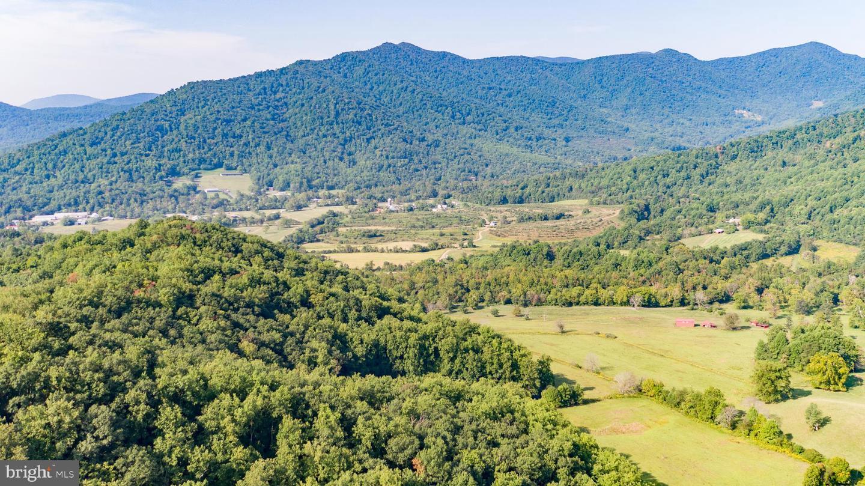 Terrain pour l Vente à Etlan, Virginia 22719 États-Unis