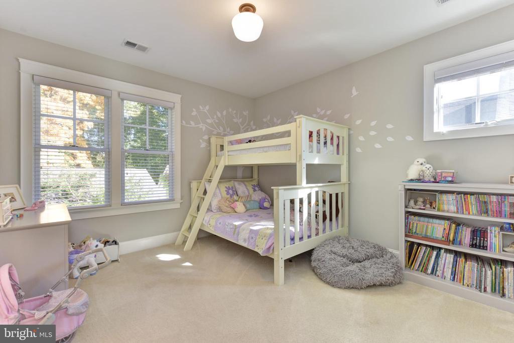 SECOND GUEST BEDROOM - 1223 N ABINGDON ST, ARLINGTON