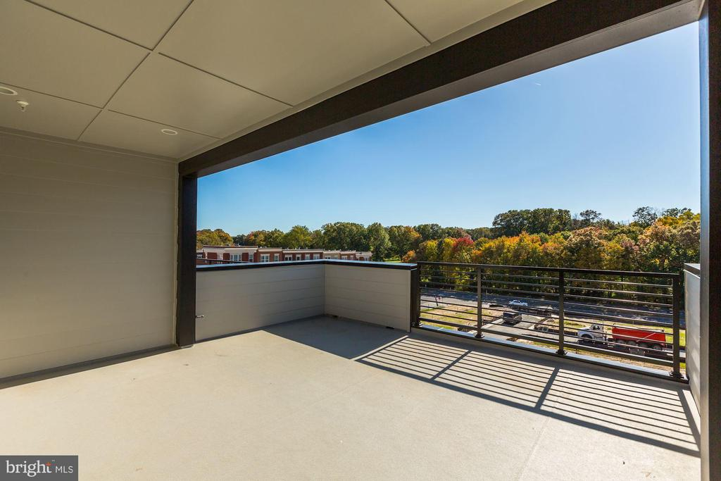 Smith Roof-Top Terrance - 11712 PAYSONS WAY, RESTON