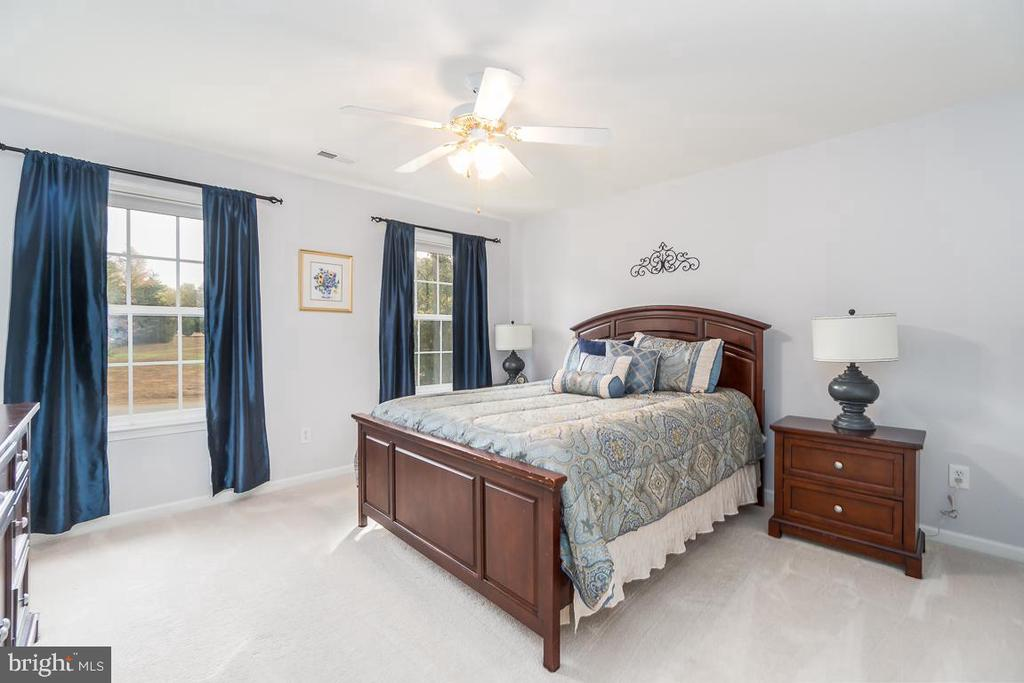 Bedroom 3 with Ceiling Fan - 131 ARDEN LN, STAFFORD