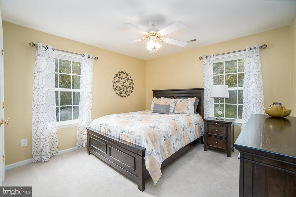Bedroom 4 with Ceiling Fan - 131 ARDEN LN, STAFFORD