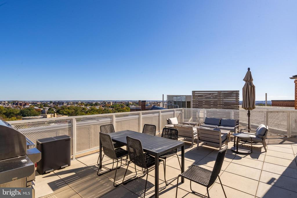 ROOFTOP GRILL AND TERRACE - 2660 CONNECTICUT AVE NW #3A, WASHINGTON