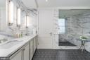 OWNER'S BATH-EN-SUITE - 2660 CONNECTICUT AVE NW #3A, WASHINGTON