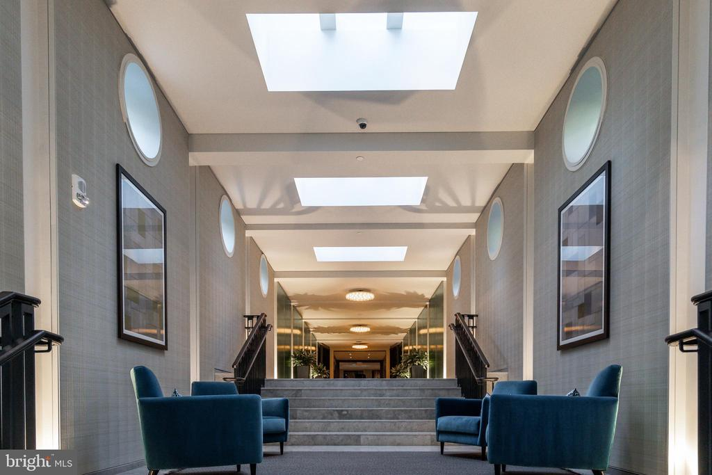 WARDMAN TOWER FOYER - 2660 CONNECTICUT AVE NW #3A, WASHINGTON