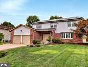 Single Family Homes のために 売買 アット Cherry Hill, ニュージャージー 08003 アメリカ