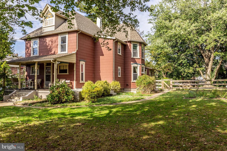 Single Family Homes für Verkauf beim Mont Clare, Pennsylvanien 19453 Vereinigte Staaten