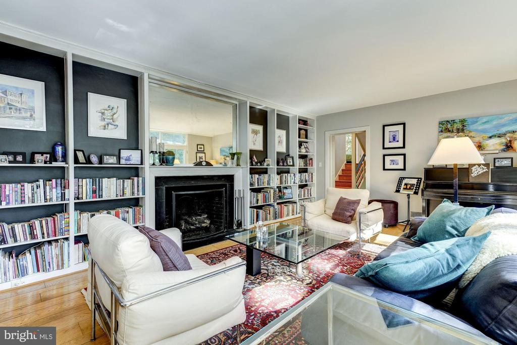 Living Room has a  gas fireplace - 2318 44TH ST NW, WASHINGTON