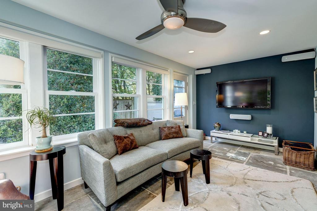 Sun Room opens to a small patio - 2318 44TH ST NW, WASHINGTON