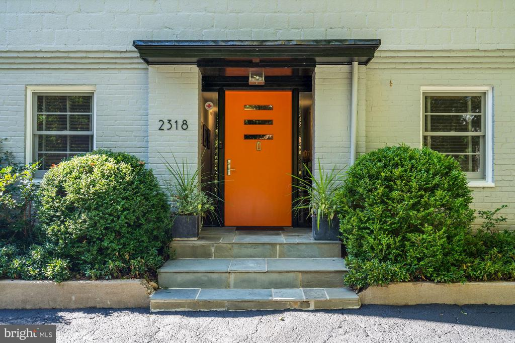 Welcome Home! - 2318 44TH ST NW, WASHINGTON