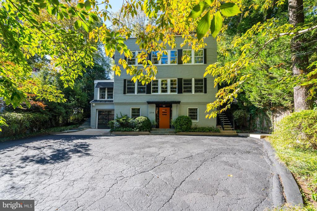 Plenty of parking at the top of the driveway - 2318 44TH ST NW, WASHINGTON