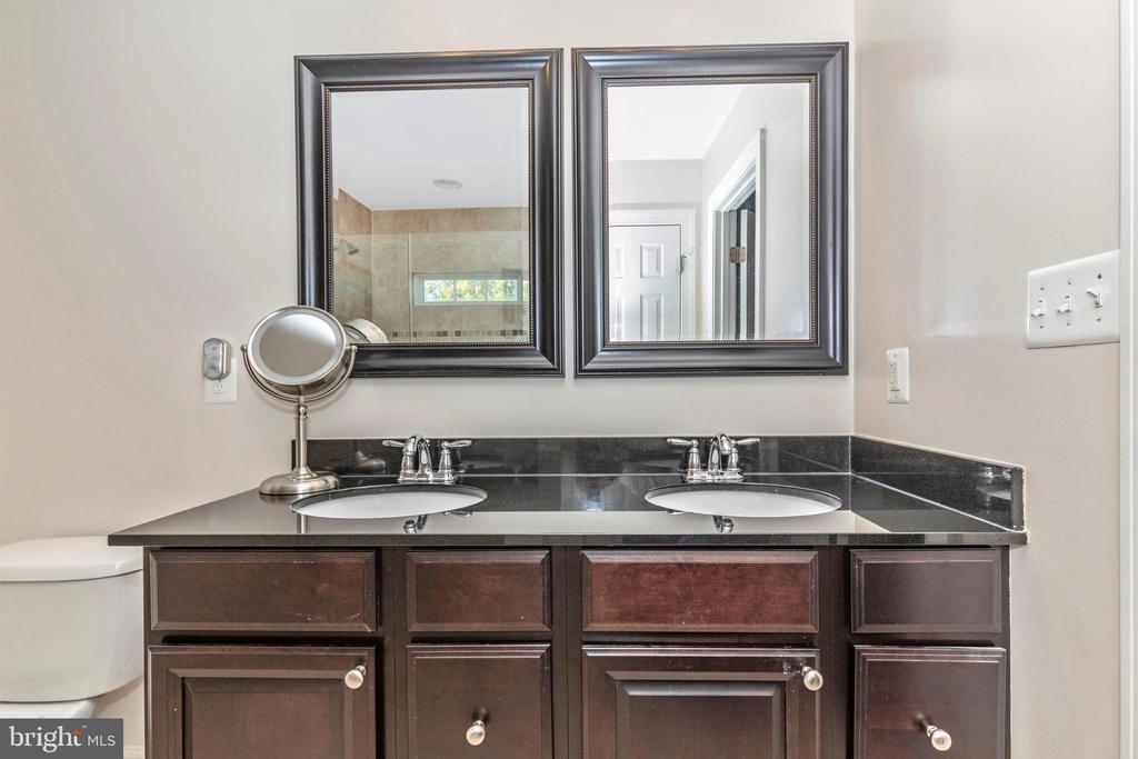 Master Bathroom - 2125 BRIGADE CIR, FREDERICK
