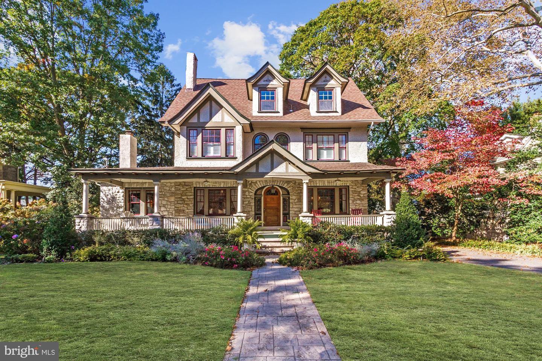 Single Family Homes 為 出售 在 Haddonfield, 新澤西州 08033 美國