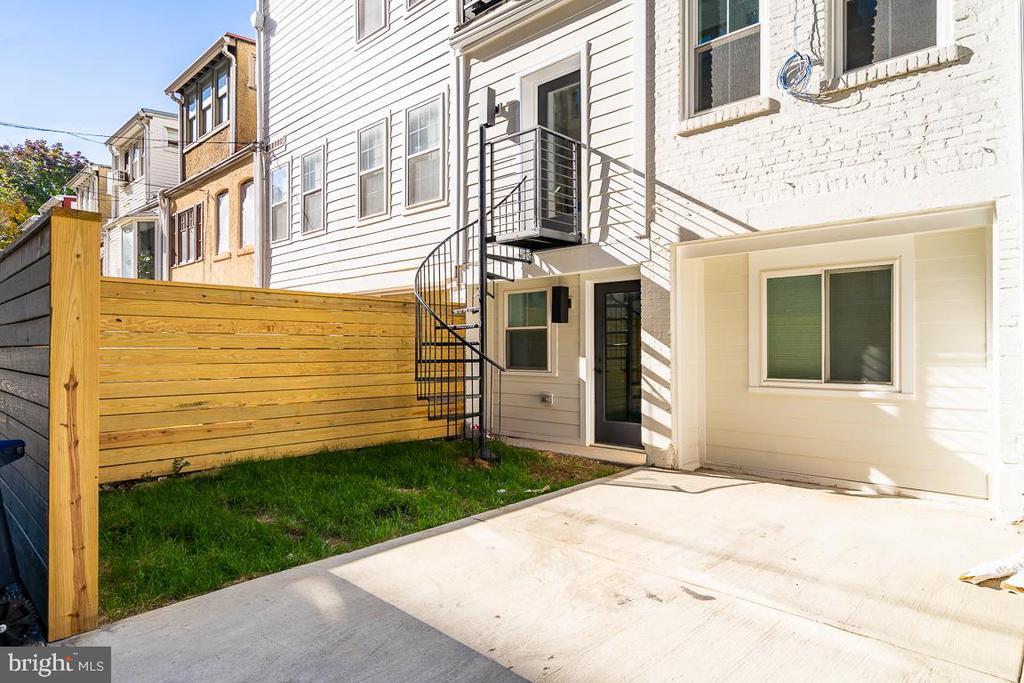 Rear Stairs to Kitchen - 1634 ARGONNE PL NW, WASHINGTON