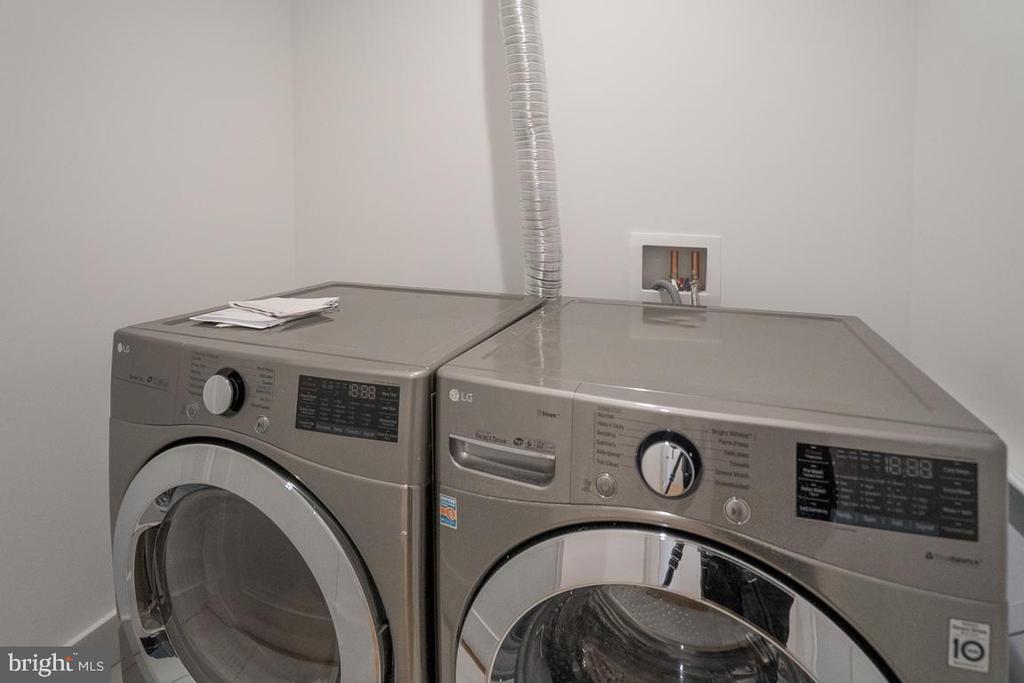 Upstairs Laundry - 1634 ARGONNE PL NW, WASHINGTON