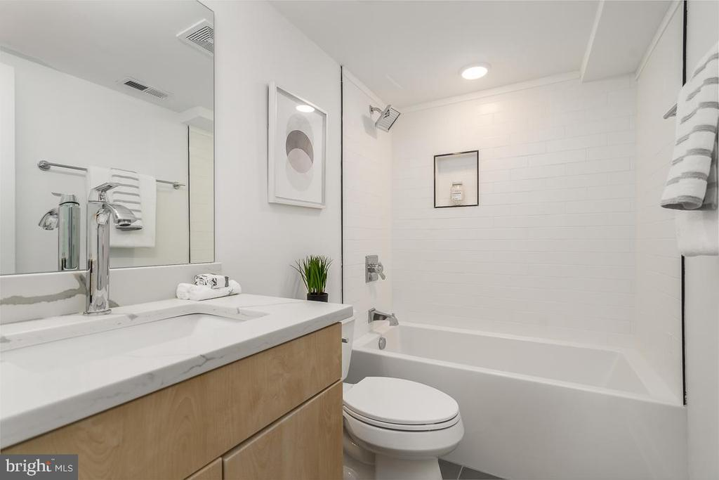 Lower Level Full Bath - 1634 ARGONNE PL NW, WASHINGTON