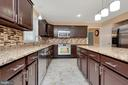 Great kitchen with tons of space! - 160 LONGWOOD DR, STAFFORD