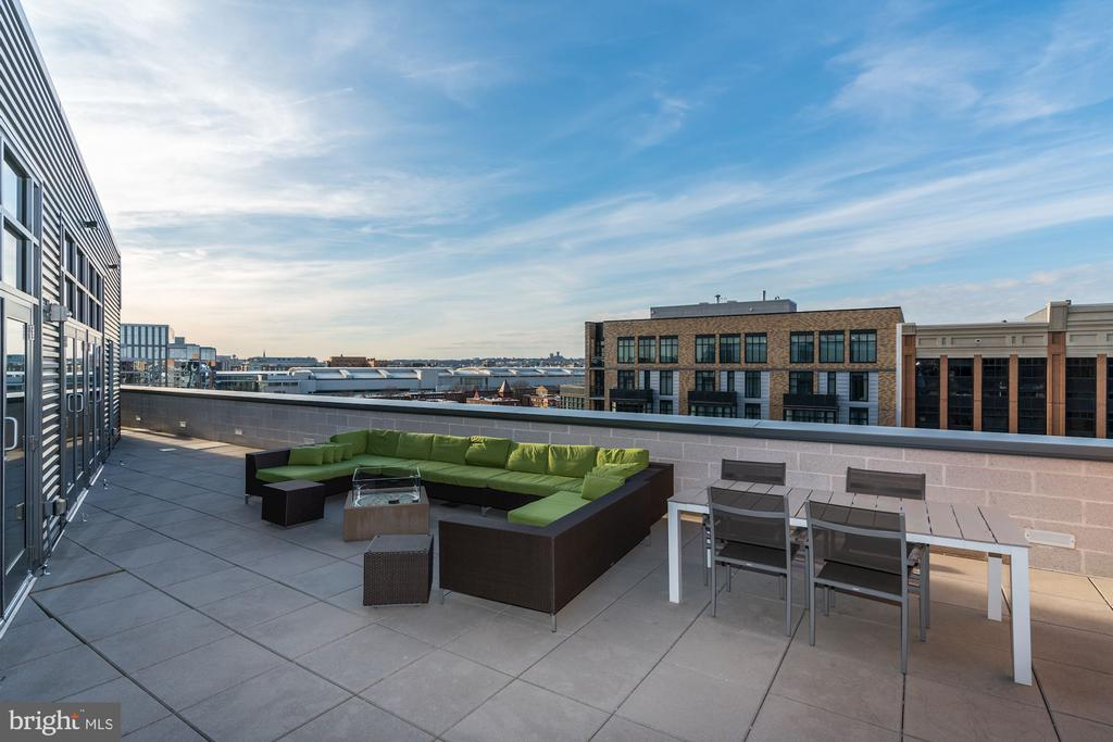 Amazing views of DC from  460 NYA's rooftop - 460 NEW YORK AVE NW #507, WASHINGTON