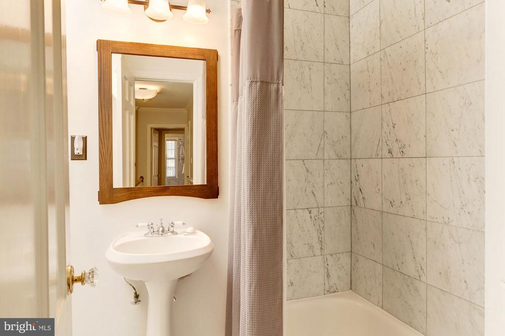 Hall Bath - 3300 Q ST NW, WASHINGTON