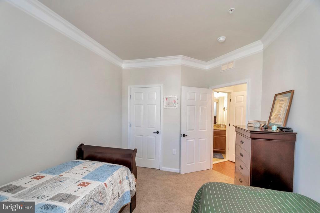 Bedroom Upper Level - 180 LONG POINT DR, FREDERICKSBURG