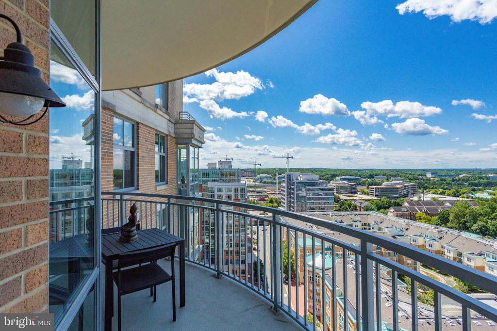 - 11990 MARKET ST #1613, RESTON
