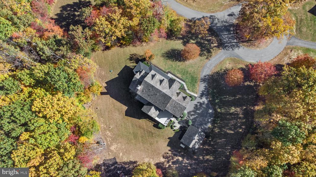 Surrounded by nature! - 15093 LAUREL HILL CT, LEESBURG