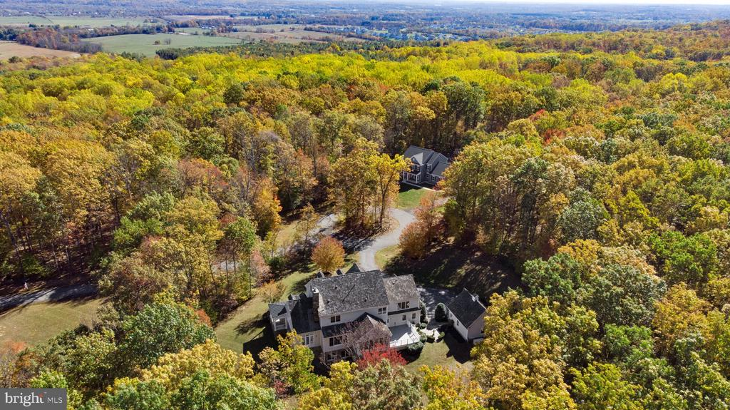 Beautiful vistas from every angle! - 15093 LAUREL HILL CT, LEESBURG