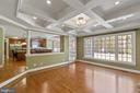 Family Room with coffered ceilings - 15093 LAUREL HILL CT, LEESBURG