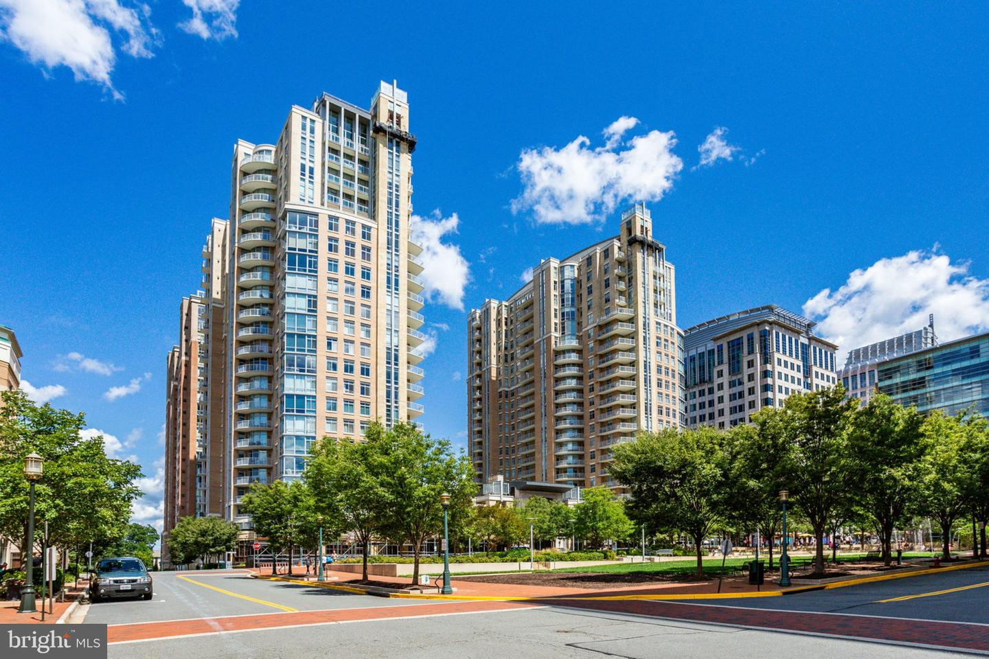 Single Family Homes for Rent at Reston, Virginia 20190 United States