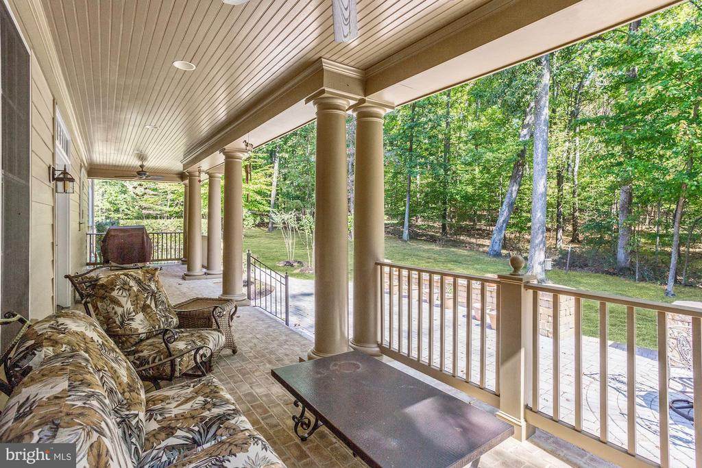 Covered Patio With Wooded Views - 4830 CASTLEBRIDGE RD, ELLICOTT CITY