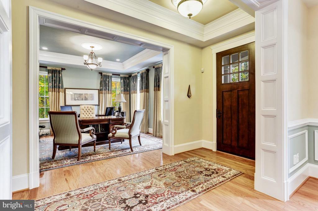 Formal Living Room - 4830 CASTLEBRIDGE RD, ELLICOTT CITY
