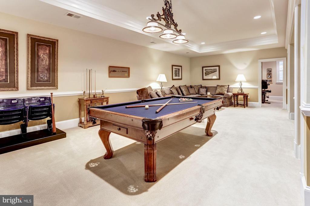 Billiards Area - 4830 CASTLEBRIDGE RD, ELLICOTT CITY