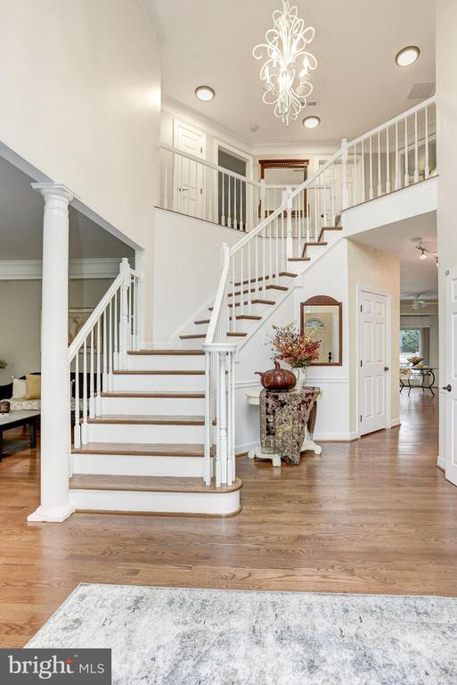 Stunning Two Story Foyer - 40720 HANNAH DR, WATERFORD