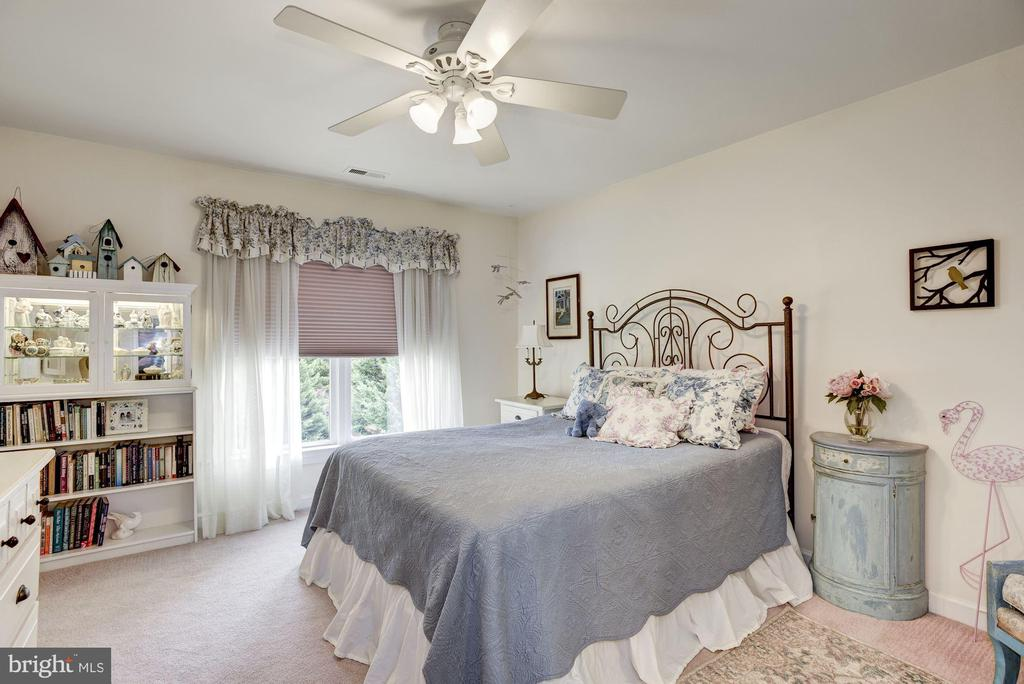 Second Bedroom - 40720 HANNAH DR, WATERFORD