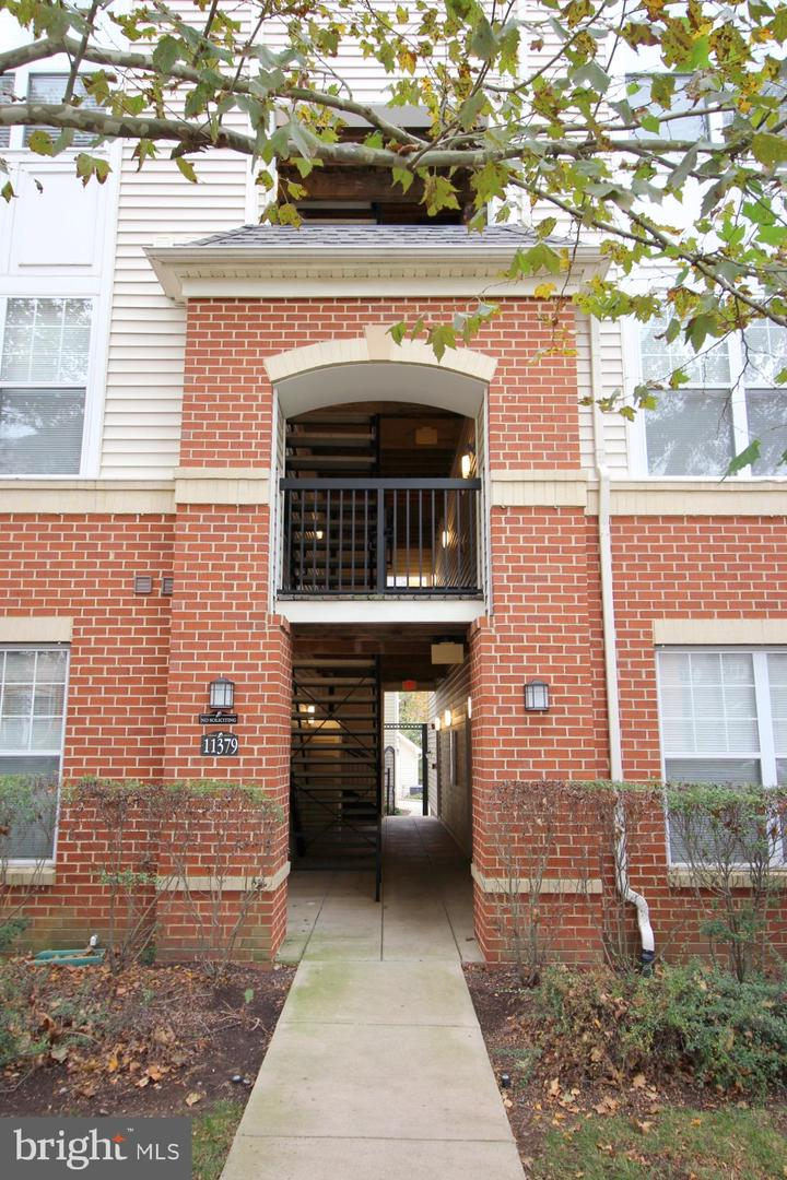 Photo of 11379 ARISTOTLE DR #10-306, FAIRFAX, VA 22030
