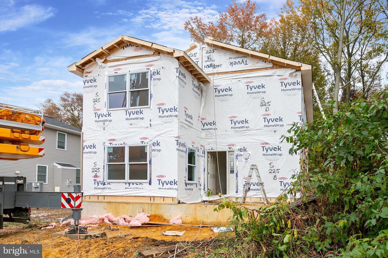 Single Family Homes pour l Vente à Gibbstown, New Jersey 08027 États-Unis