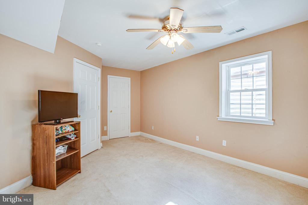 basement bedroom - 2272 BLUEBIRD LN, LOCUST GROVE