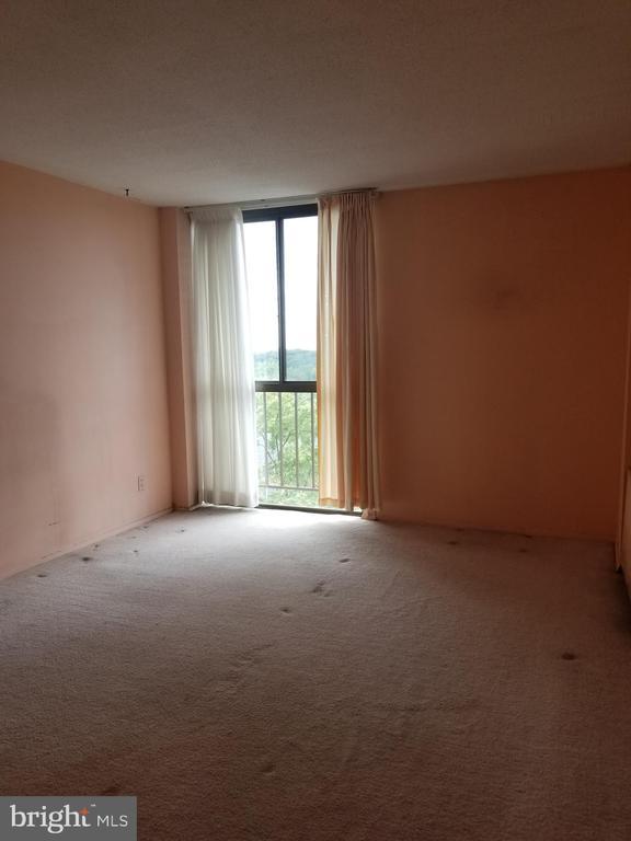 Master Bedroom - 6100 WESTCHESTER PARK DR #1116, COLLEGE PARK