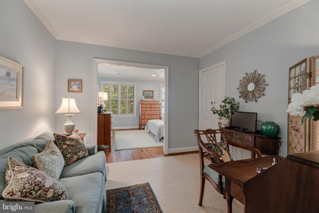 Sitting Room - 4366 WESTOVER PL NW, WASHINGTON