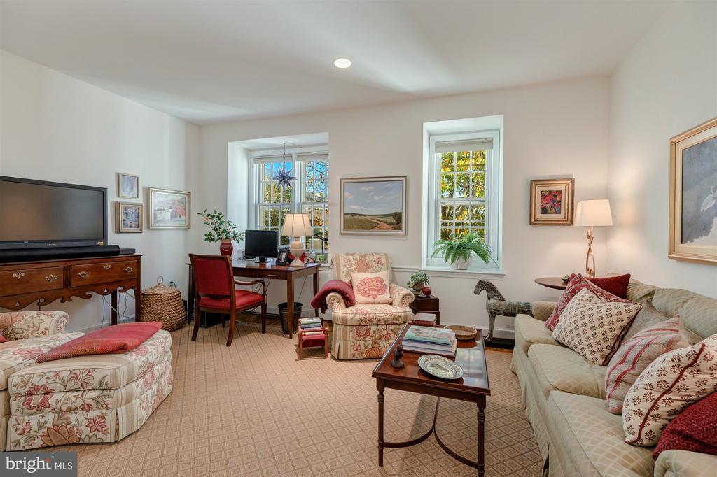 Top Floor Bedroom 2 - 4366 WESTOVER PL NW, WASHINGTON