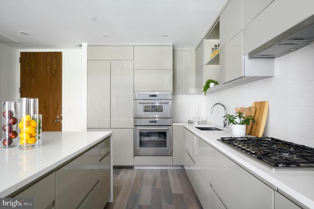 Elegant Kitchen with Custom Italian Cabinetry - 810 O ST NW #208, WASHINGTON