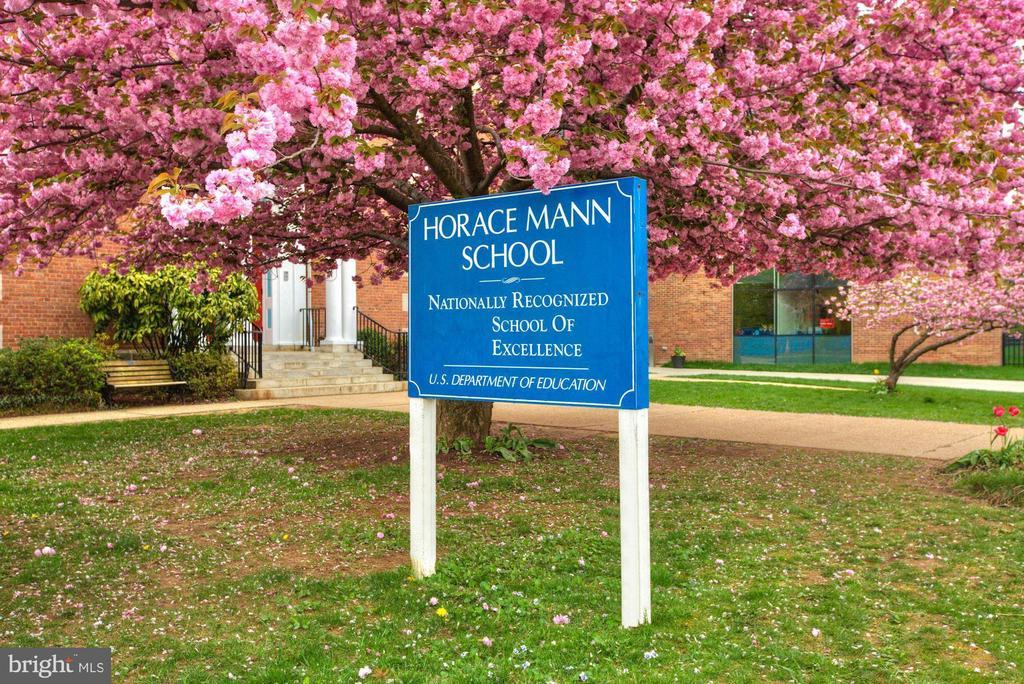 Blocks to Horace Mann School - 4366 WESTOVER PL NW, WASHINGTON
