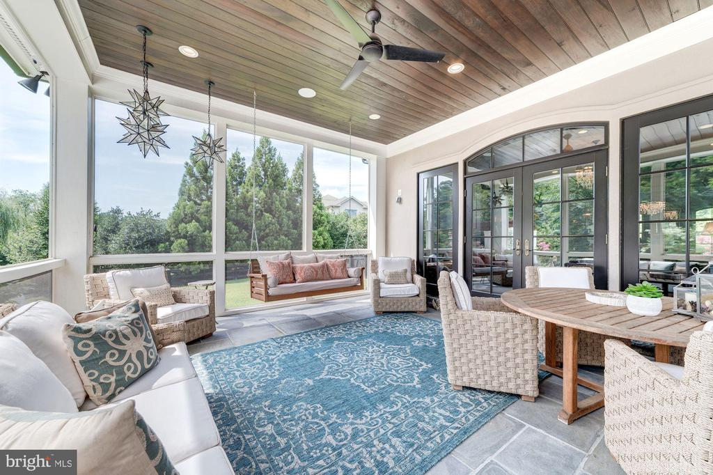 Screened in Porch - 10469 SPRINGVALE MEADOW LN, GREAT FALLS