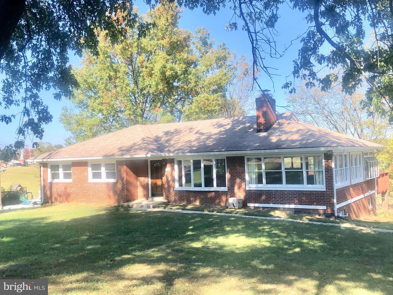 Single Family Homes pour l Vente à Damascus, Maryland 20872 États-Unis