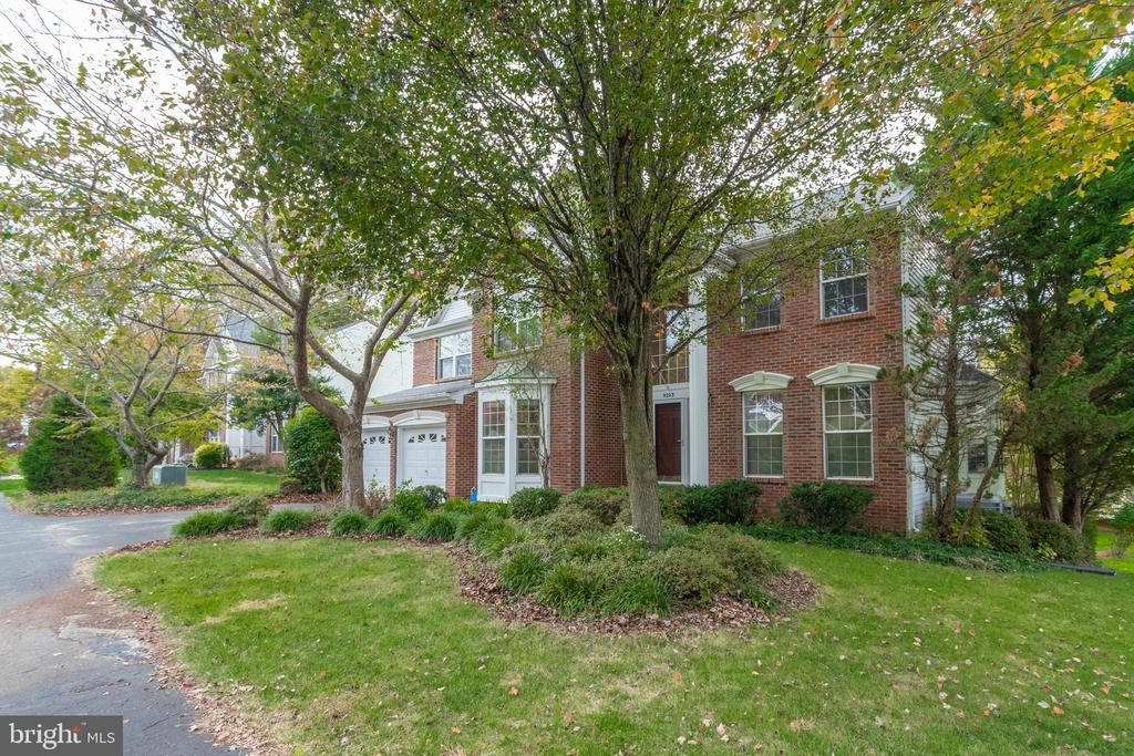 - 9203 GOLF CT, MANASSAS PARK