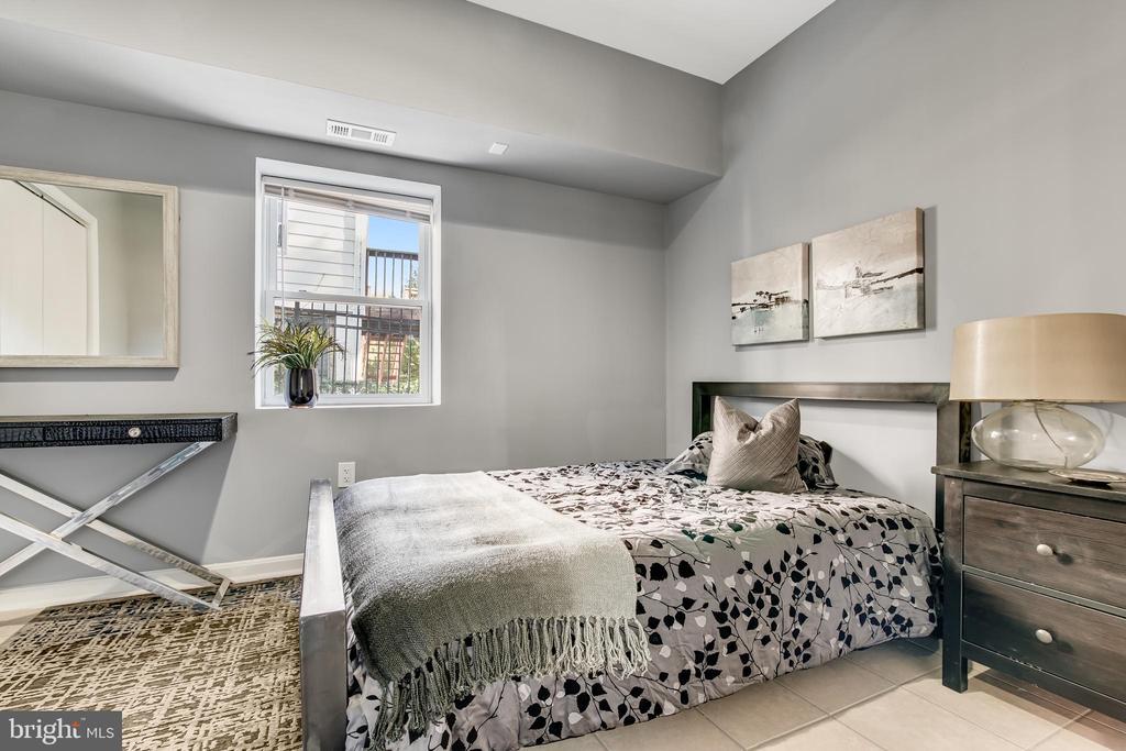 Lower Level Bedroom - 3145 NEWTON ST NE, WASHINGTON
