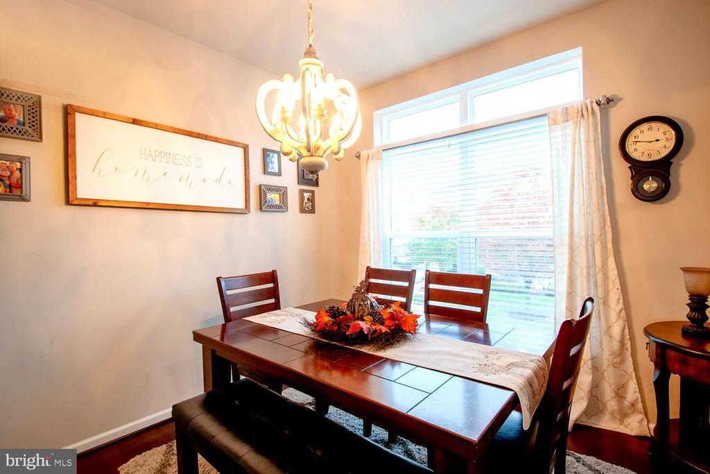 Adjoining Dining Bay with Orb Chandelier - 139 LEJEUNE WAY, ANNAPOLIS