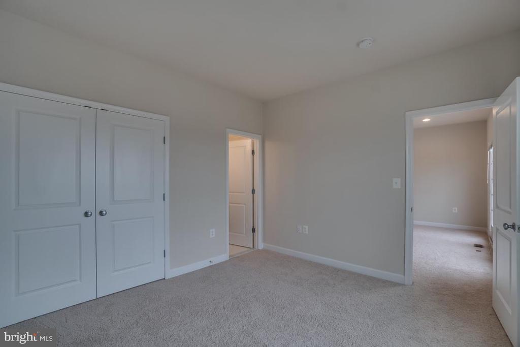 Bedroom #4 - 42560 DREAMWEAVER DR, BRAMBLETON