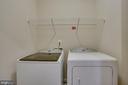 Laundry room on bedroom level - 42560 DREAMWEAVER DR, BRAMBLETON